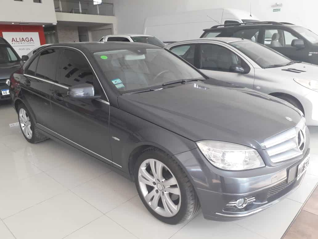 Mercedes Benz C220 Blue