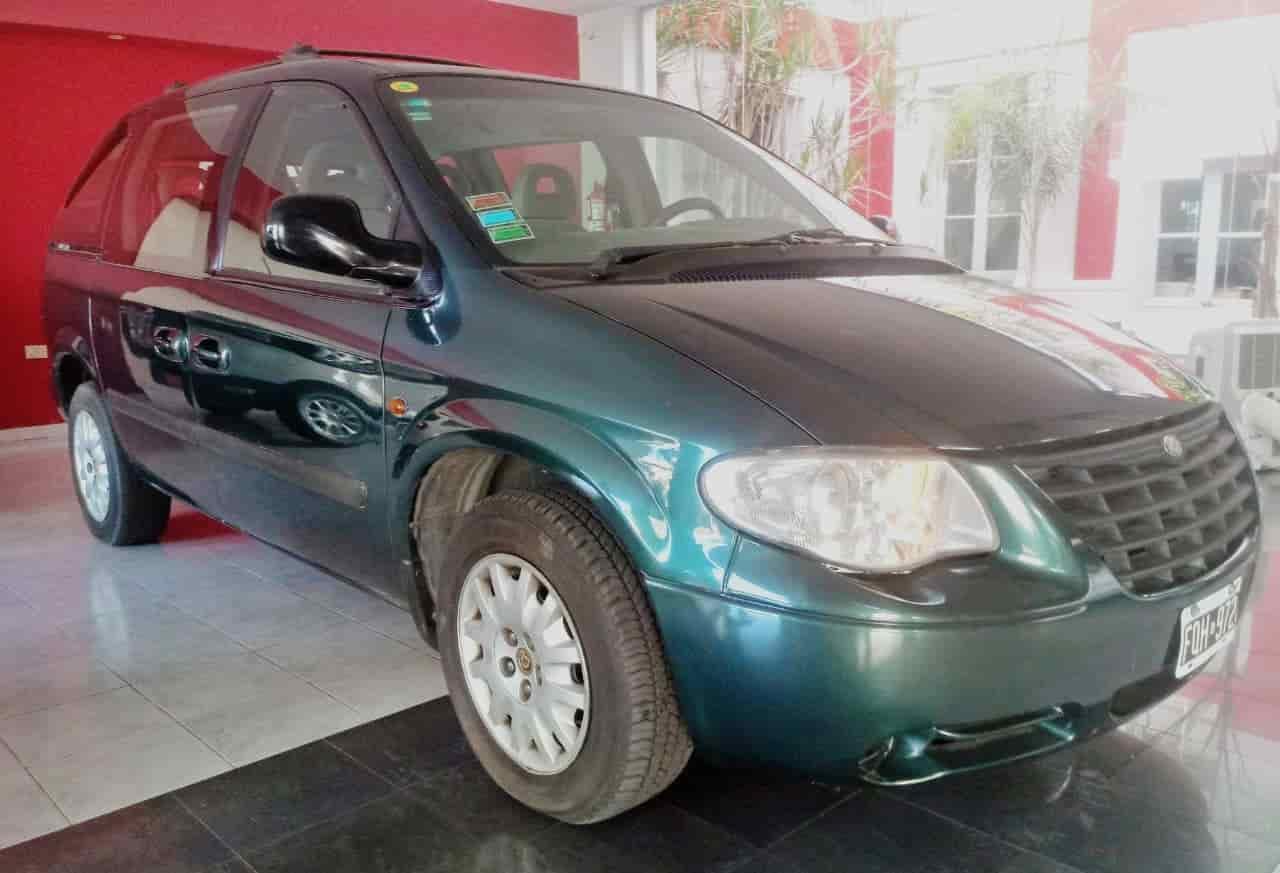Chrysler Caravan SE – 7 asientos