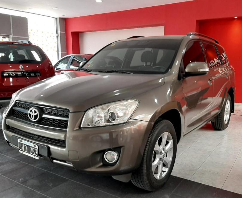 Toyota RAV 4 A/T 2,4 Nafta