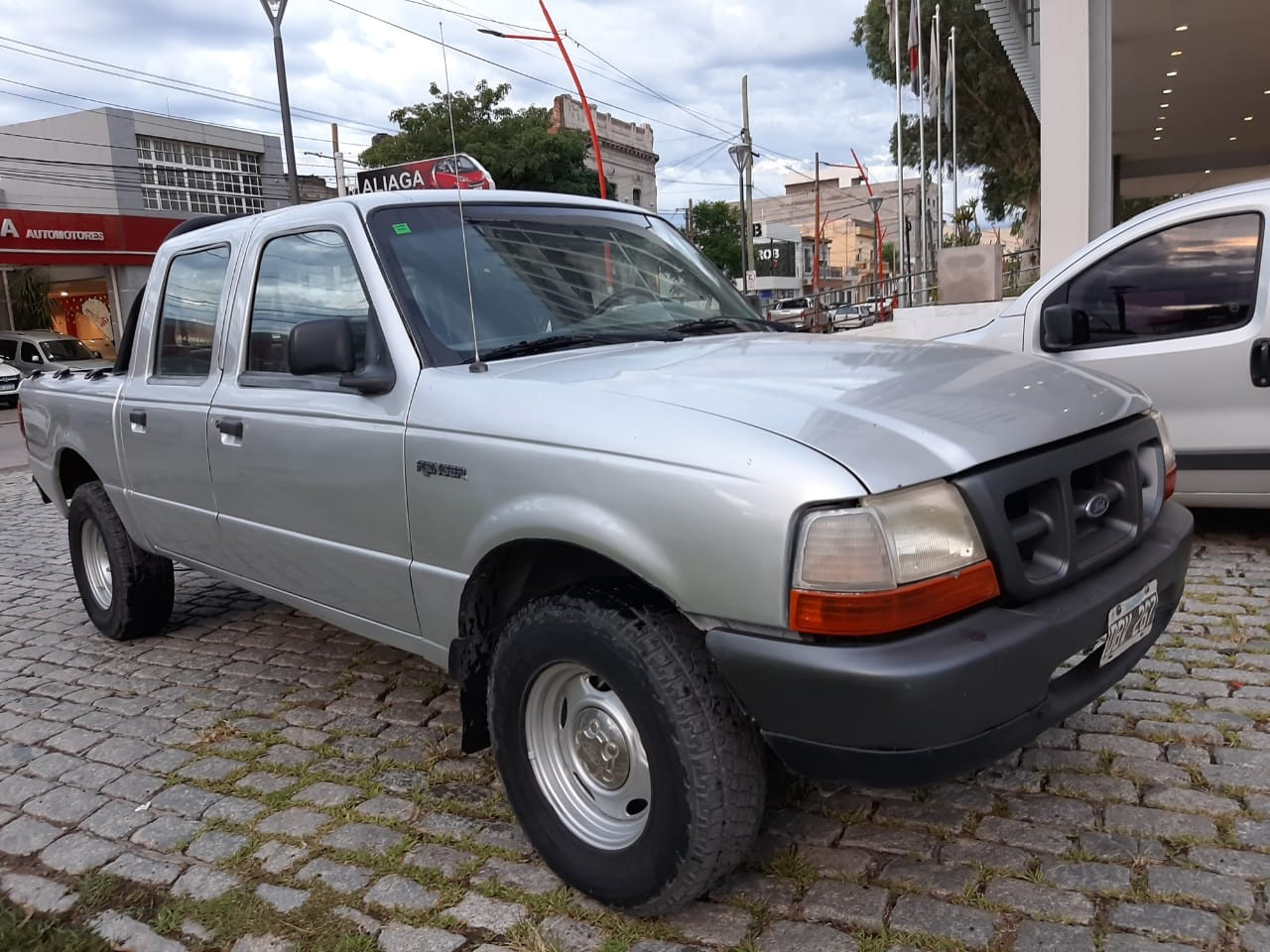Ford Ranger 2.5 TDI XL
